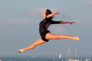 Cannes Jeune Ballet danse au Festival Cadences d'Arcachon en 2008