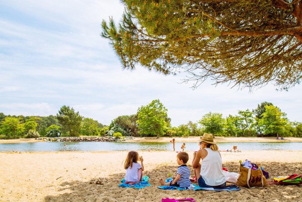 Pique-nique sur la plage Saint-Brice à Arès